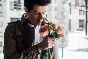 Online Dating Mistakes Men Make All the Time