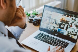 Online Dating Profiles – What Photos Should You Include